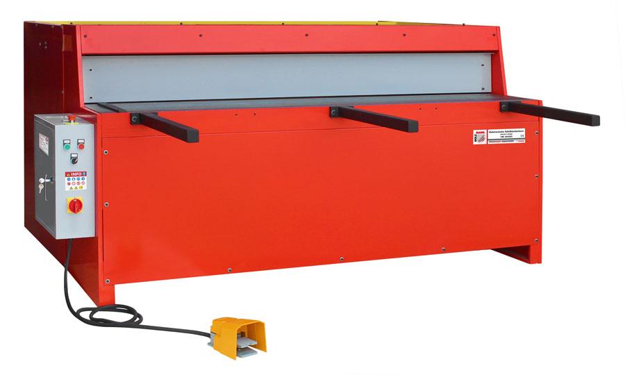 Holzmann, TBS 2050E3, Elektrické tabulkové nůžky na plech Holzmann TBS 2050E3, s ovládáním za pomoci nožního pedálu